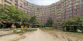 Продам 4-х комнатную квартиру на Тополе 3