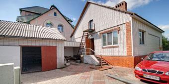 Дом в Кировском в хорошем районе